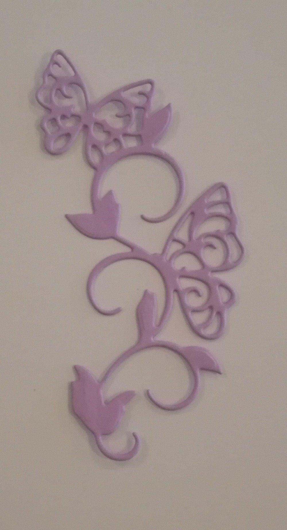 n°256 Découpe de papillons en papier mauve