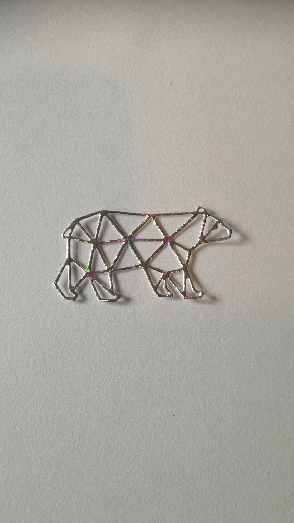 n°370 Découpes d'un ours en papier holographique argenté