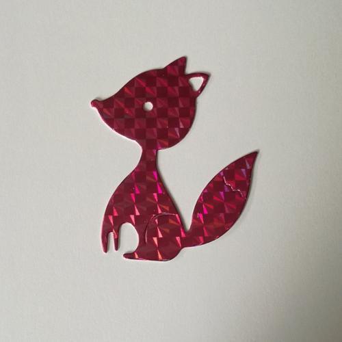 N°388 découpes d'un renard en papier rose holographique