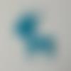 N°390 découpes d'une biche en papier bleu