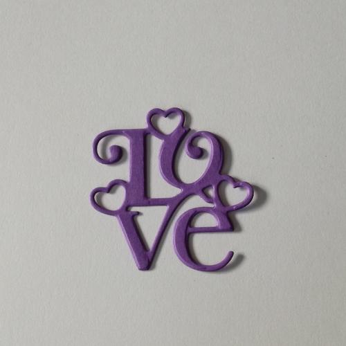 N°389 découpes du mot love en papier violet