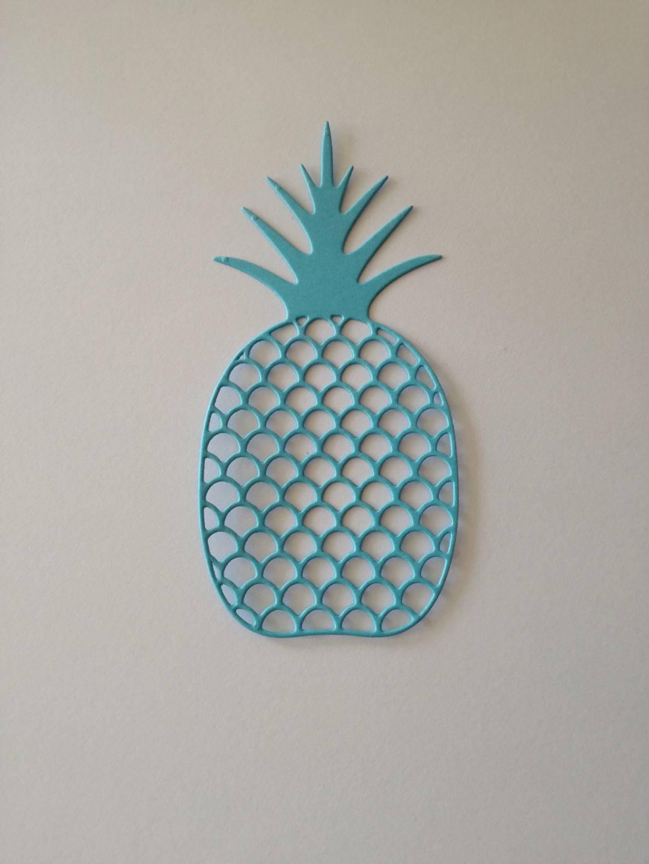 n°172 découpe d'un grand ananas en papier bleu