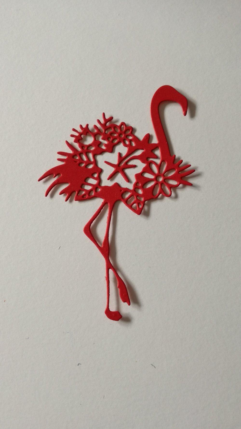 """n°397 Découpes d'une flamant rose """" fleurie """" en papier rouge"""