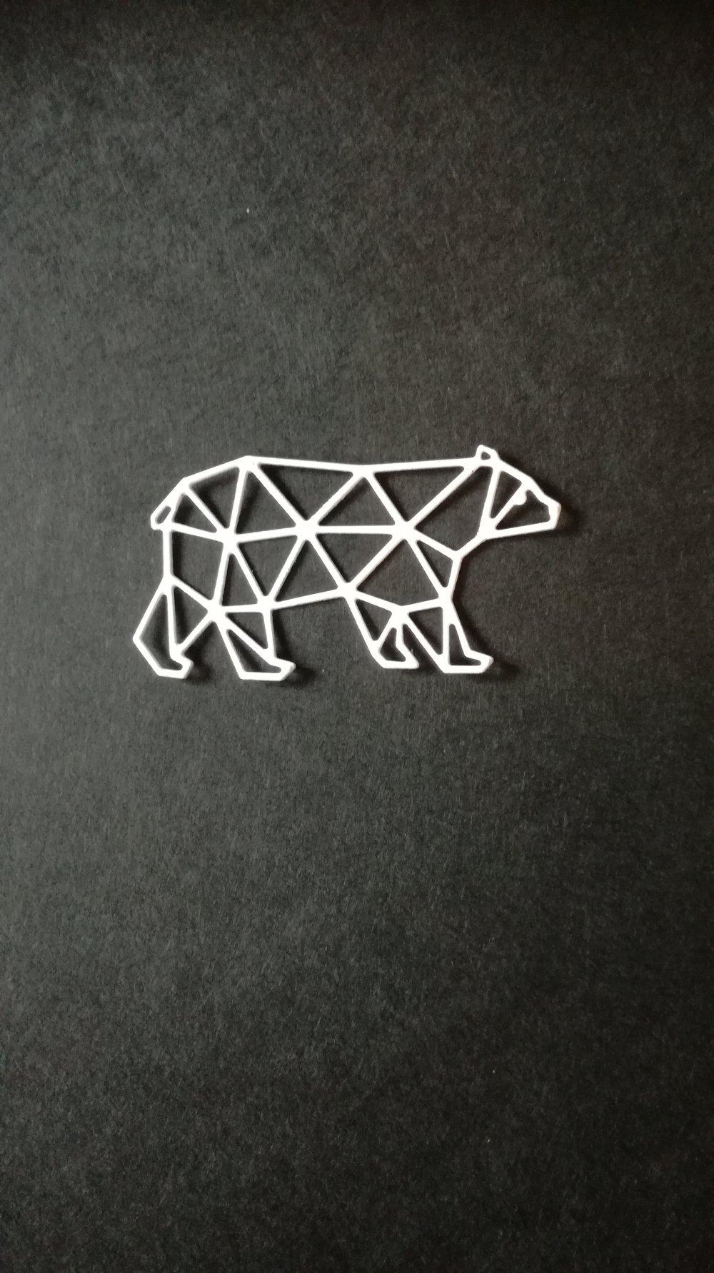 n°370 Découpes d'un ours en papier blanc