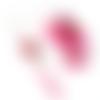 Boucles d'oreilles asymétriques agates fuchsia sur supports en acier inoxydable