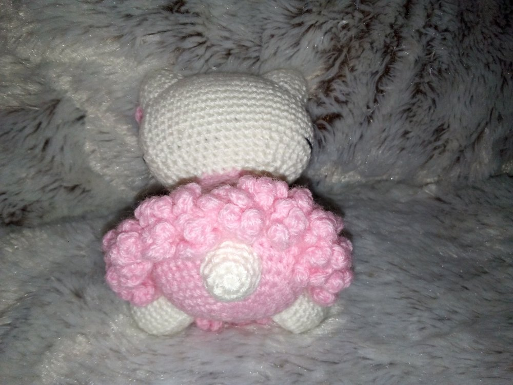 Peluche Hello Kitty au crochet