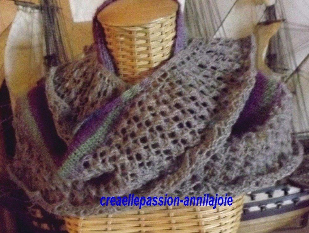châle tricot main, point dentelle et jersey, couleur automne, 1m54X57cm