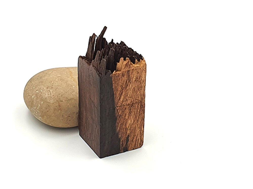 Rectangle en bois de santal 48mm pour créations en résine