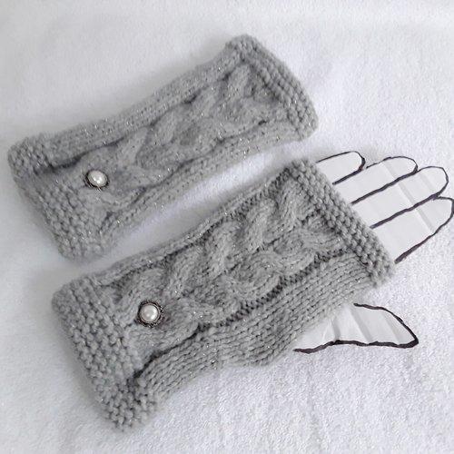 Mitaines tricotées main,  20% laine, 80% acrylique
