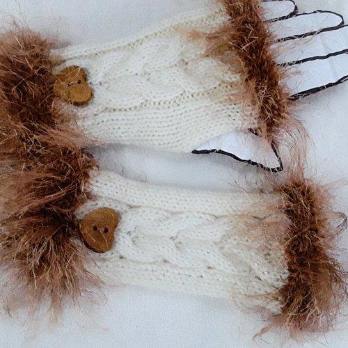 Mitaines tricotées main, écru et mordoré, 30% laine, 70% acrylique