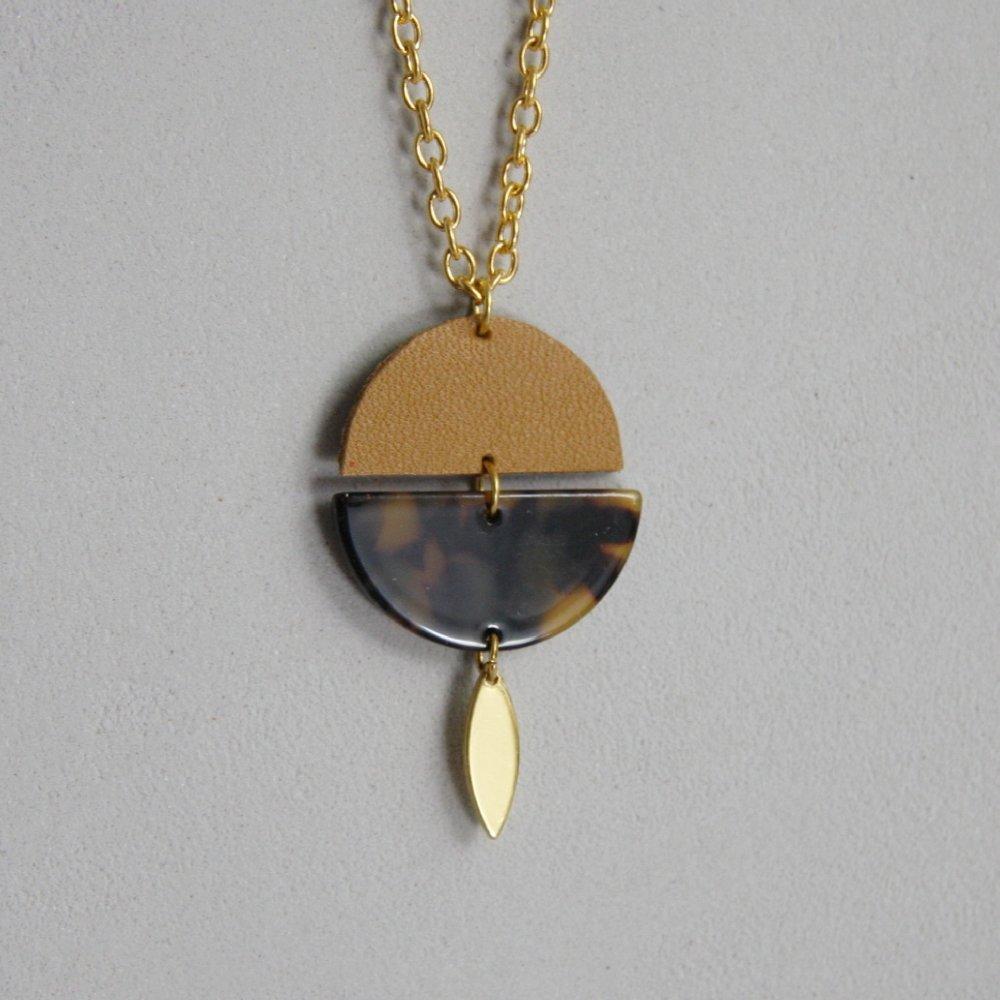 """Collier """"mille et lune"""" en cuir"""