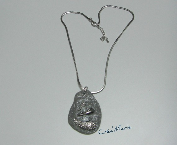 Collier pendentif effet GRANIT & STRASS Co203