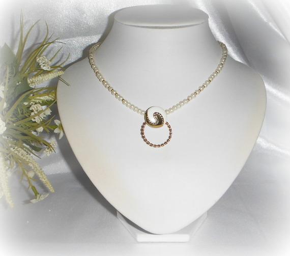 CÉLESTINE - Parure 3 pièces perles ivoire et doré