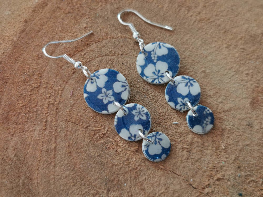 Boucles d'oreilles LOUNA motif HAWAI bleu glossy