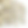 200 x perle lettre 10mm en bois couleur naturelle