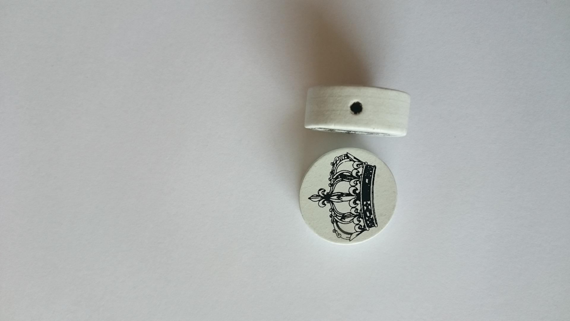 Perle bois couronne noire et blanche