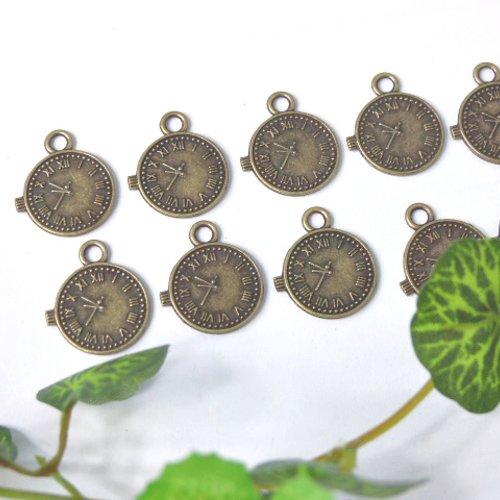 Lot de 10 breloques bronze horloge