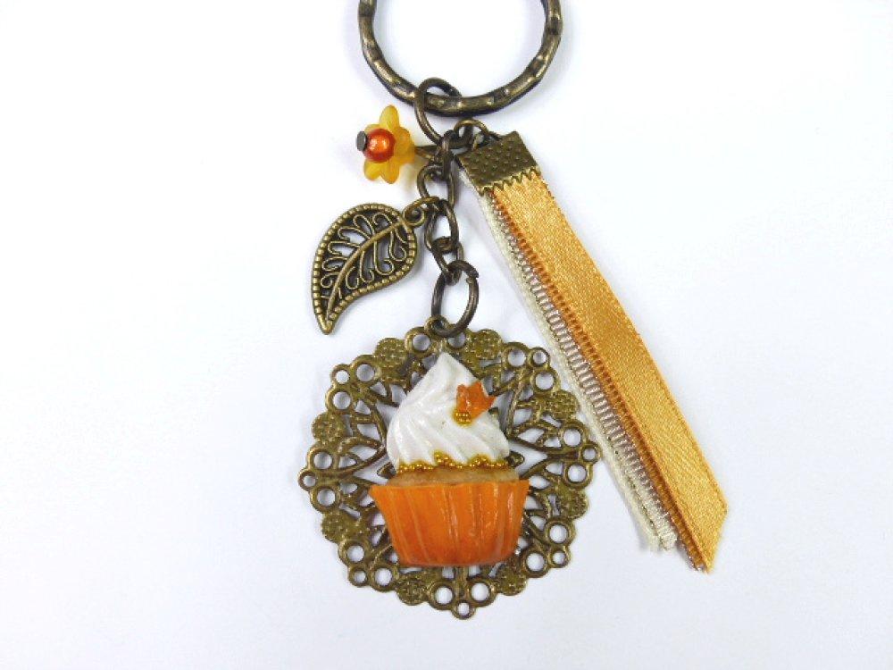 Porte clé demi cupcake automnal orange