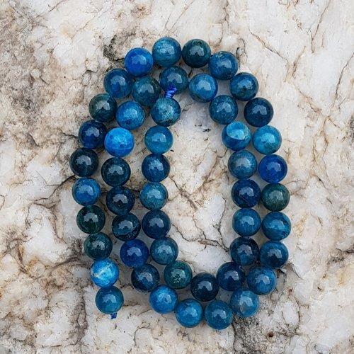 Chapelet 49 perles apatite 8 mm