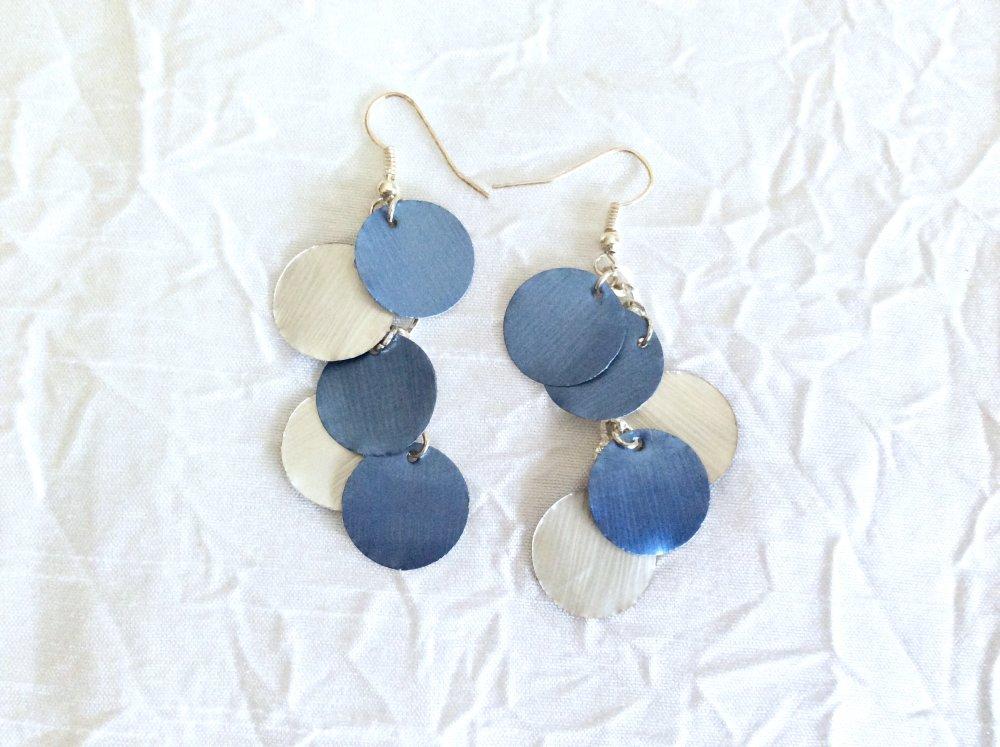 Boucles d'oreilles  pendantes bleu et argent