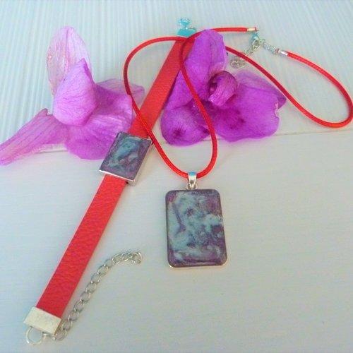 Parure : pendentif et bracelet en resine
