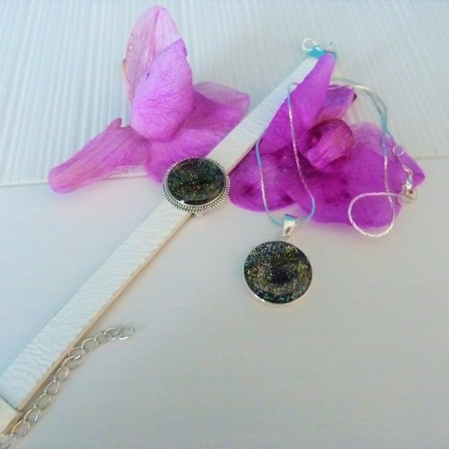 Parure : bracelet + pendentif avec resine