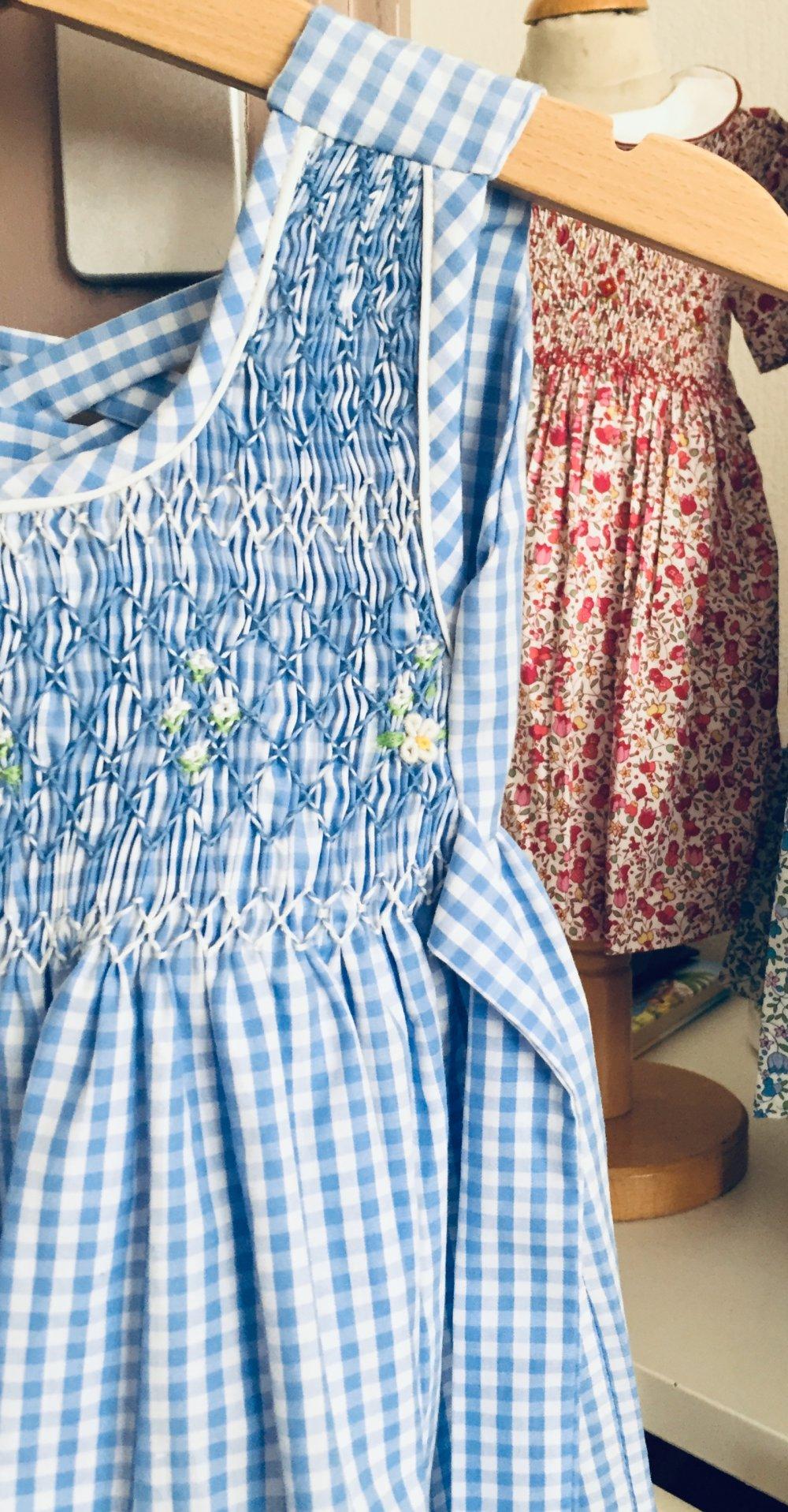 Robes à smocks Vichy bleu ciel