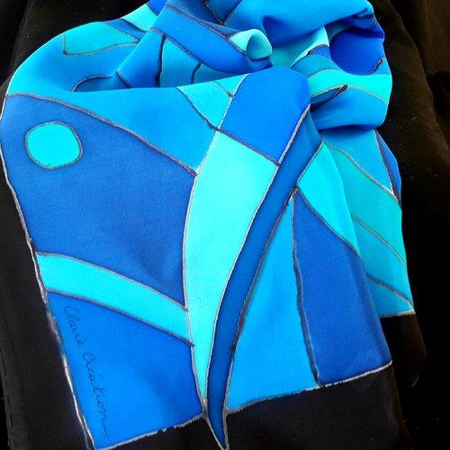 Carré crépe de soie bleu 90x90 peint main,création unique et originale.made in france