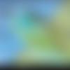 Pendentif en polymère vert à motifs