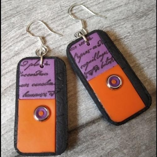 Boucles d'oreilles en polymère violet orange noir