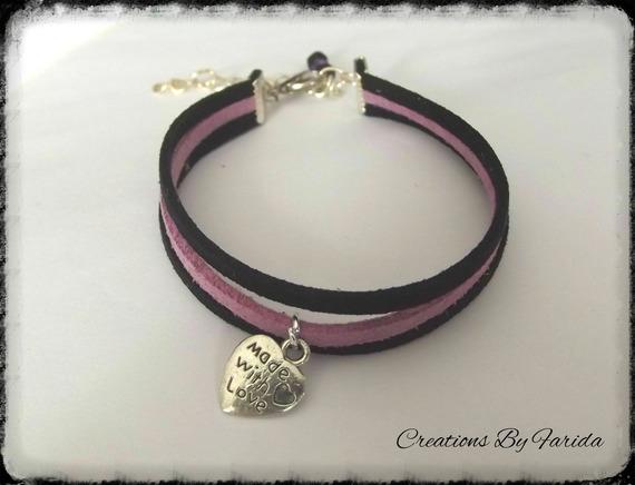 bracelet en fil de suedine et breloque coeur