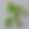 Lot 10 perles coeur vert pomme 11 mm