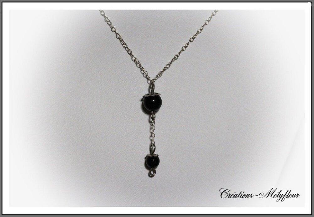 Collier noir en argent
