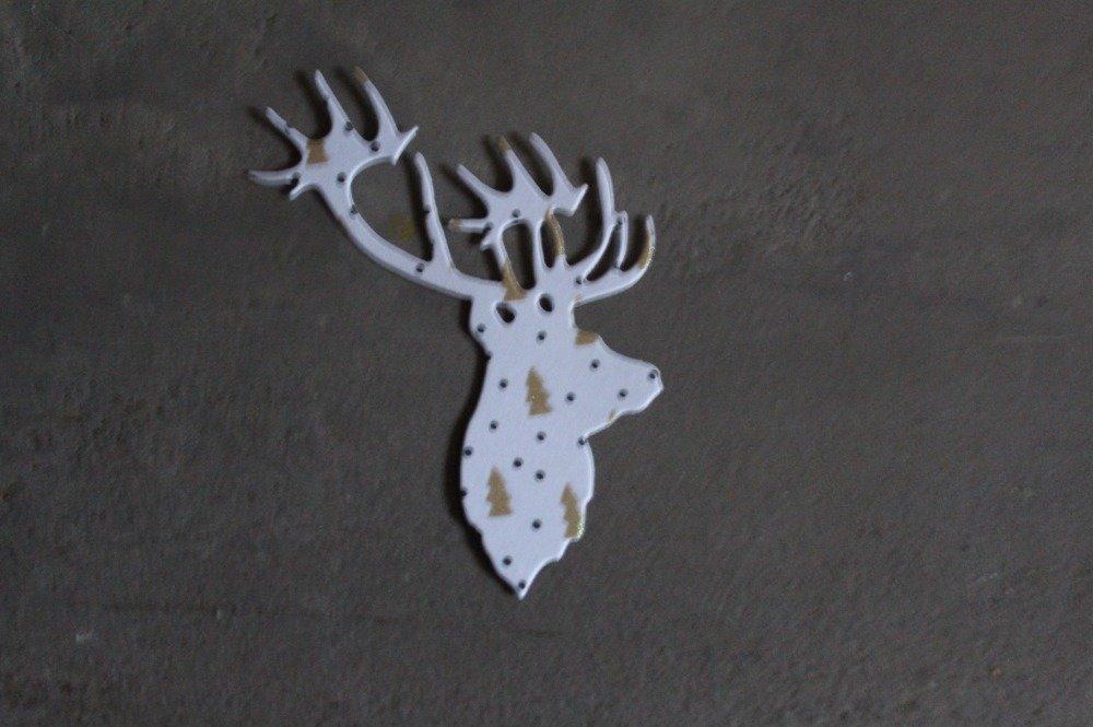 N/P 1721 - NOEL : Découpe papier tête de cerf sur fond sapin doré pour scrapbooking