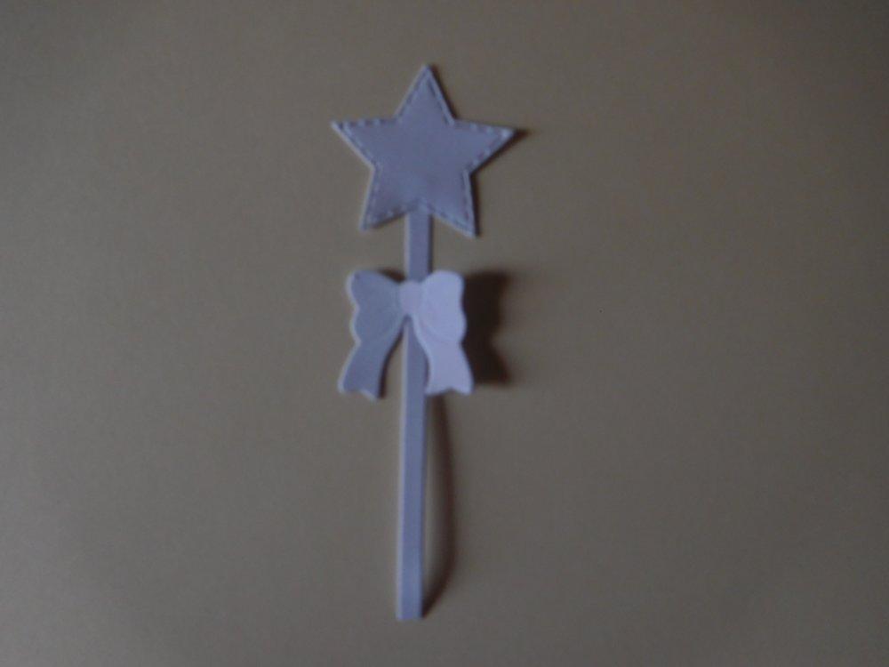N/P 1780 - Découpe papier baguette magique coloris blanc