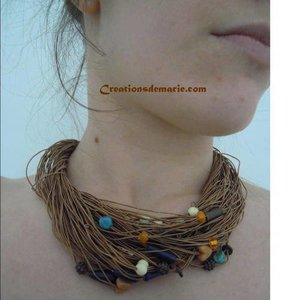collier ras de cou multi rangs
