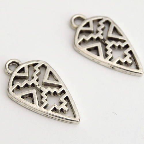 2 pendentifs motif ethnique argent vieilli taille 21x13mm b70