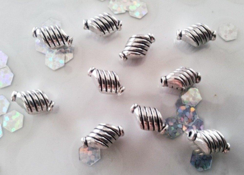 30 perles 10 x 6 mm toupie vis en couleur argent vieilli