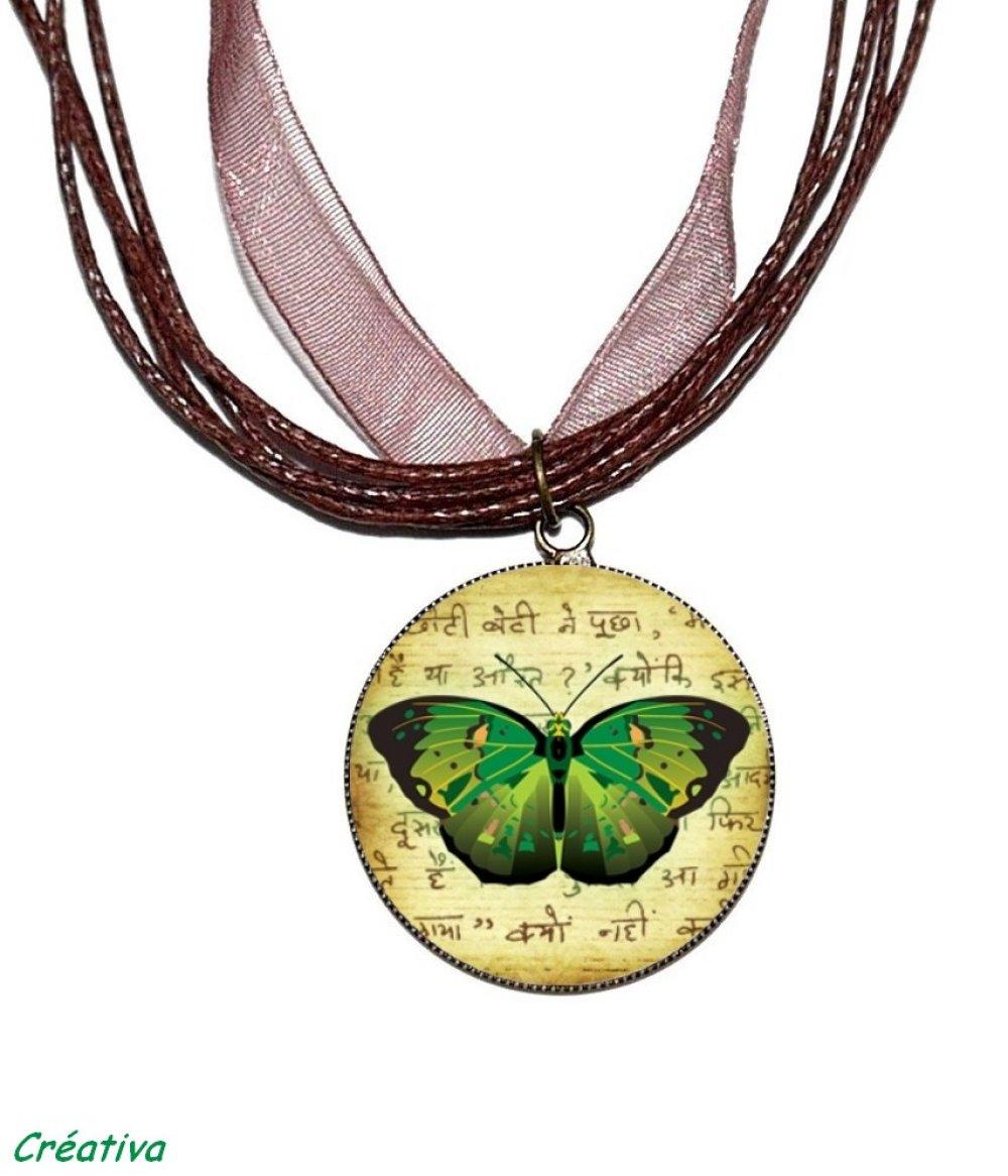 Boucles d'oreilles bronze avec cabochons en résine * Papillons verts * 2