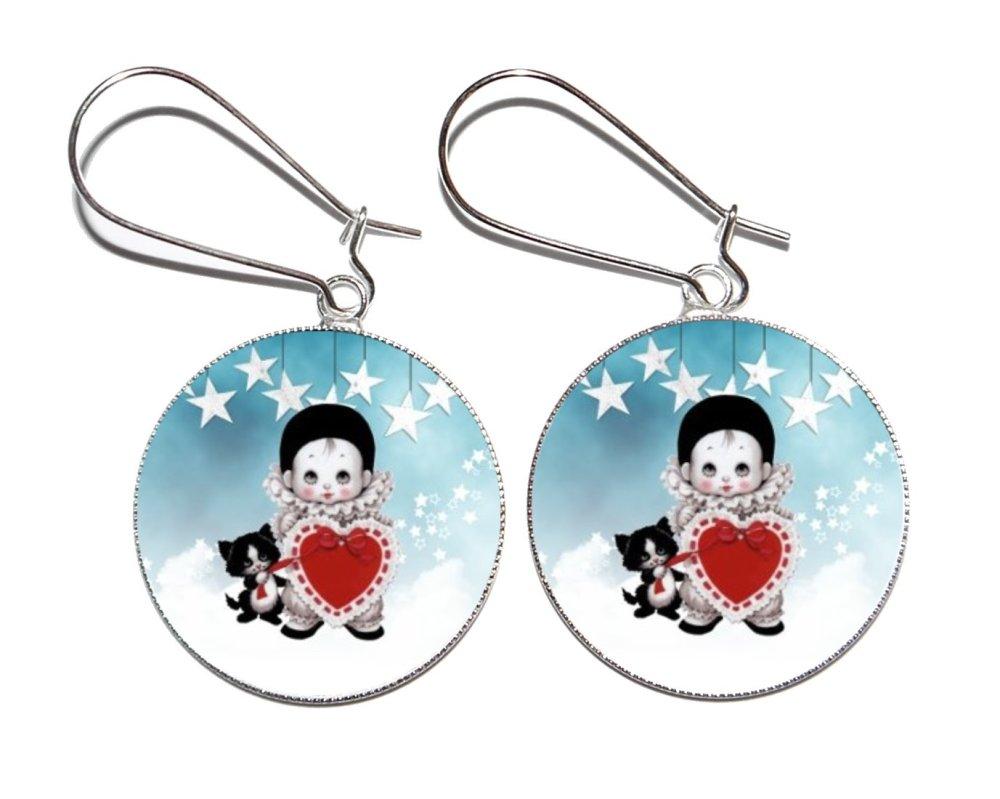 Boucles d'oreilles argentées avec cabochons en résine * Pierrot *
