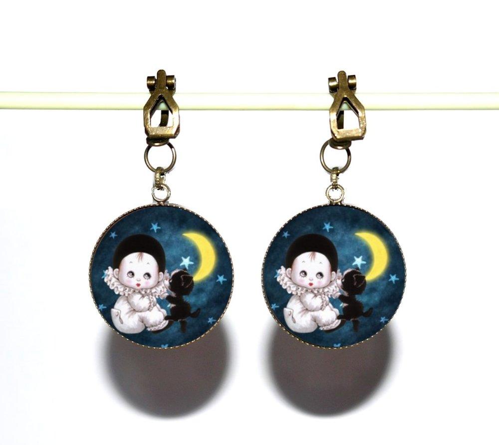 Clips d'oreilles bronze avec cabochons en résine * Pierrot * 3