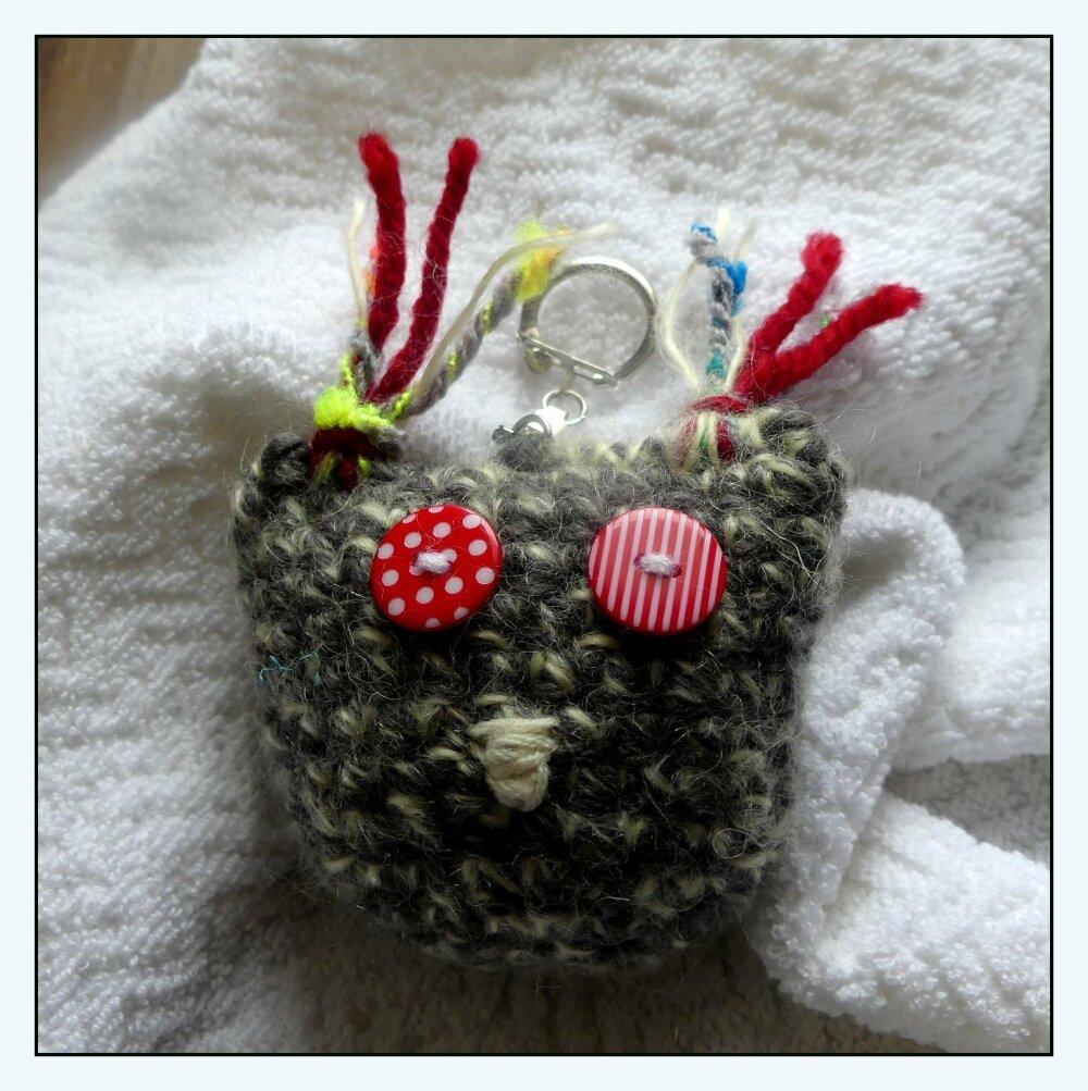 Porte-Clés gris en forme de chouette au crochet fait-main