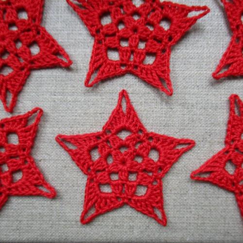6 étoiles rouges 6 cm