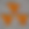 3 poussins orange hauteur 4 cm