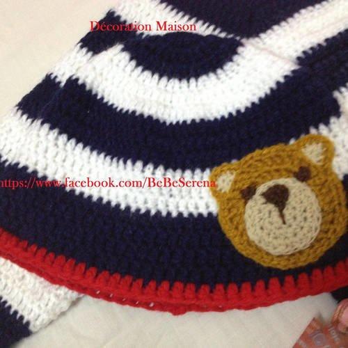Bonnet au crochet rayé avec ourson pour garçon