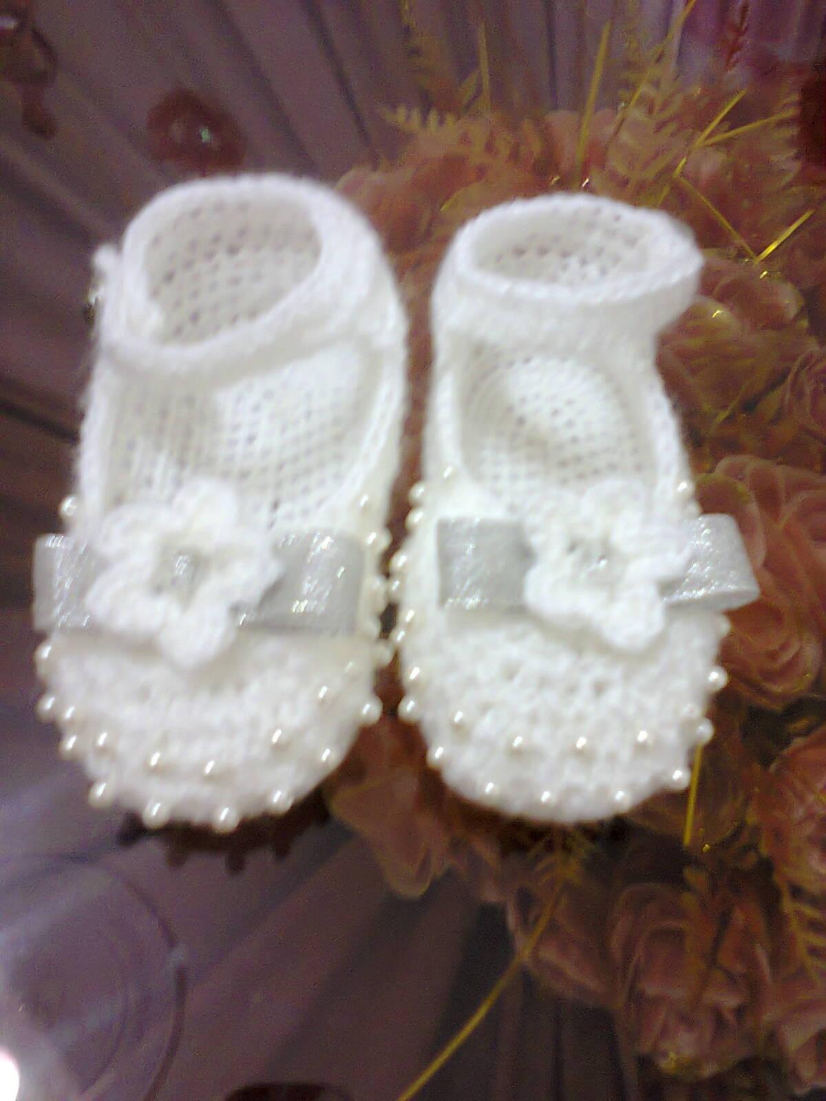 chaussure bébé crochet habillé perlé