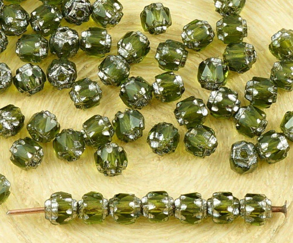 50Pcs Cristal Vert Olive Métallisé Argent Verre Tchèque Cathédrale Facettes Feu Poli Perles De 4Mm D SKU-35758