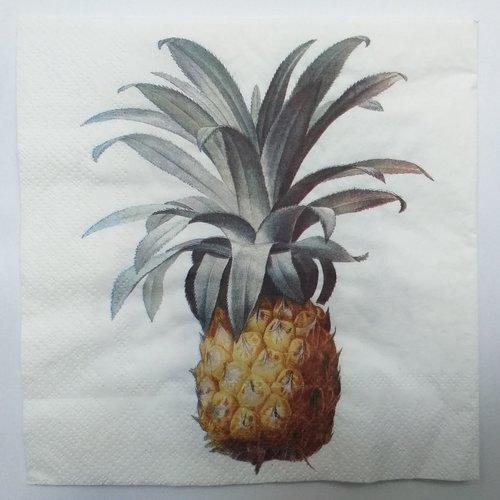 Serviette en papier motif bel ananas sur fond blanc