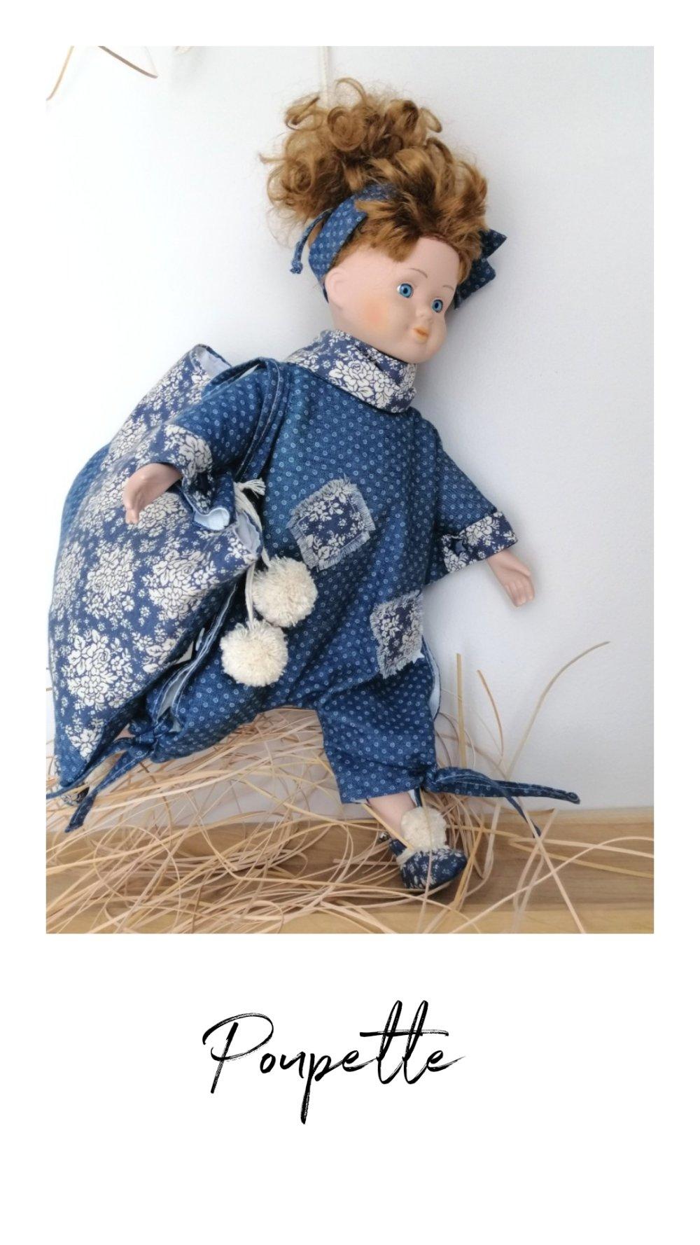 Poupée porte pyjama