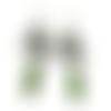 Boucles d'oreilles fleurs blanches, créoles d'été motif floral, email vert